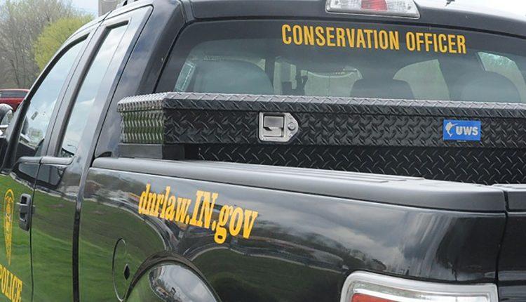 CROP-indiana-dnr-conservation-officer_37790252_ver1.0-2.jpg