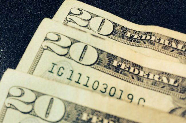 money-cash-20s-file-photo-e1449241201148_39564499_ver1.0-5.jpg